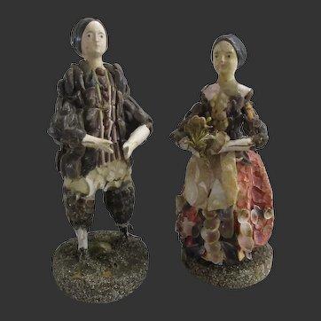 "4 2/3"" couple of Shell dolls circa 1830"