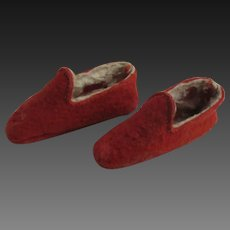 """antique felt Slippers, 2 3/4"""" x 1/2"""" for early doll"""