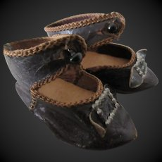 Eden Bebe size 6 . pair of leather shoes