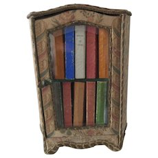 circa 1896 miniature Vitrine 'La Gracieuse' with 10 books