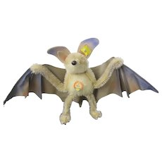 STEIFF : Eric the bat in large size 3ids 1317.00