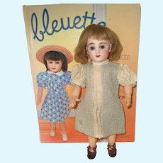 original G.L. outfit 'au thé' for Bleuette doll, 1937