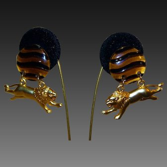 Divine Splendid Tortoise Lucite Matte Gold Plate Lion Extraordinary Earrings