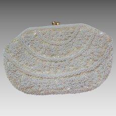 Fabulous Classic Beauty White Glass Seed Beads Kiss Lock Purse Handbag