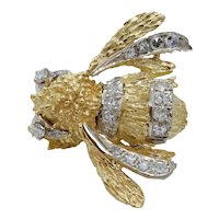 Awesome Vintage Bumble Bee 18K Yellow Gold Diamonds Brooch Pin