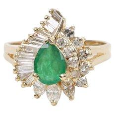 Vintage Diamond and Emerald Ladies Cluster Ring