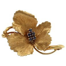 Tiffany and Co. Vintage 14K Yellow Gold Sapphires Leaf Brooch Pin