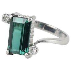 Vintage Ladies Tourmaline Diamonds 18K White Gold Ring