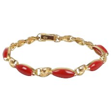 Vintage Ladies Coral 18K Yellow Gold Bracelet