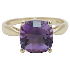 Vintage Ladies Amethyst 10K Yellow Gold Ring