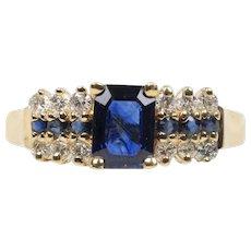 Vintage Sapphire and Diamond 14K Yellow Gold Ladies Ring