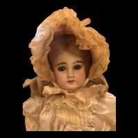 Unusual Antique Sonnenburg Bébé Doll