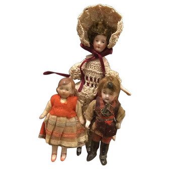 Collection of antique German bisque doll house dolls