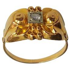 Vintage 19K Ladies Diamond Ring