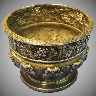 Antique S.Kirk & Son Sterling Silver Repousse Grape vine footed bowl 20 troy ounce Holloware
