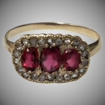 Antique 10K Gold Rose cut Diamond and Ruby Ring Delightful