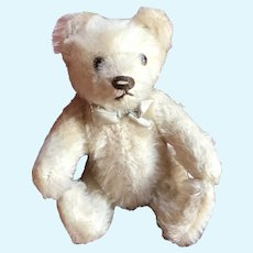 "6"" white Mohair Steiff Teddy Bear- Jointed w glass eyes"