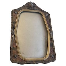 Military Picture Frame from WW1 with Patriotic Symbols