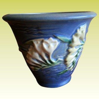 Roseville Pottery Blue Freesia Pot Planter 670-5
