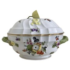 Herend Fruits and Flowers Oval Tureen with Lemon Lid 4 quart serving dish
