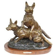 Bronze Sculpture of Two Alsatian Wolf Dogs by Thomas Francois Cartier (1879-1943)