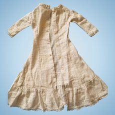 Beautiful antique white doll's gown for French or German fashion doll. Great condition.