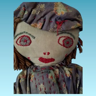 "15"" Primitive 1930s depression-era hand-stitched Rag doll, floral dress."