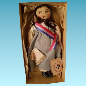 "14"" vintage UFDC ""Emma"" cloth doll 1993 Orig. Box/tags"