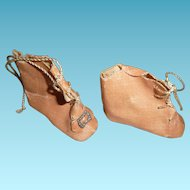 Antique pink oilcloth shoes bootines for french or german doll