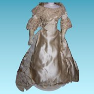 Spectacular original antique wedding dress for german or french fashion doll