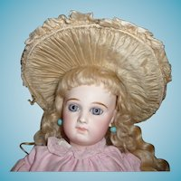 Beautiful original couturier antique wide brim silk and velvet doll bonnet for german or french doll