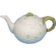 Belleek Classic Shamrock Tea Pot 6th Mark 1965-1980