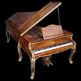 F. Linke Bronze Mounted Kingwood Erard Grand Piano