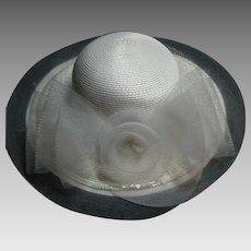 Vintage White Deborah of New York Ladies Sunday Straw Hat