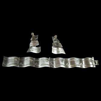 Vintage Sterling Silver Aztec/Mayan Design Bracelet and Earring Set