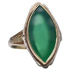 Vintage 14k Yellow Gold and Chrysoprase Navette Ring