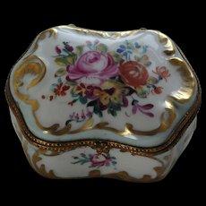 Early 20th century porcelain trinket box, vintage pill box, porcelain de Paris, hand painted fine French porcelain