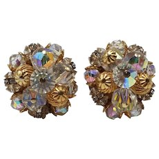 Hattie Carnegie Iridescent White and Gold-tone Beaded Round Clip-on Earrings with Original Foil Paper Tag $59