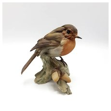 Tay Porcelain Wren on Branch with Acorns