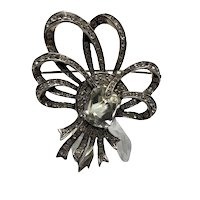 1930s Eisenberg Sterling Swirling Bow Brooch With Large Center Stone