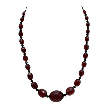 Translucent Red Bakelite Amber-Look Graduated Bead Necklace