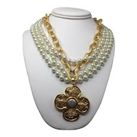 Susan Shaw Gold-Look Link Chain and Faux Pearl Necklace with Bee Pendant