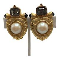 1980s Maresco Clip-on Shield-Shaped Etruscan-Style Earrings