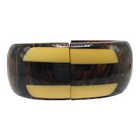Marbled Brown Bakelite Clamper with Butterscotch Inlay