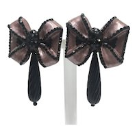 1987 Designer Black and Pink Bow Clip Earrings