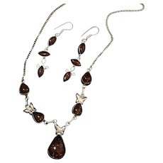 Art Deco Baltic amber and silver drop earrings necklace set