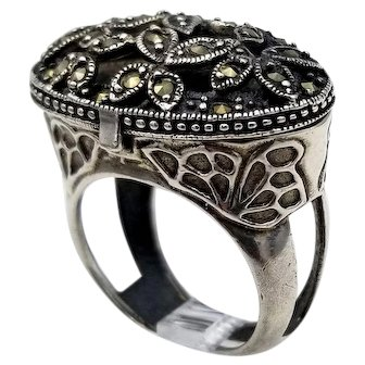 Vintage scent ring sterling silver marcasite opens hinged S6.25
