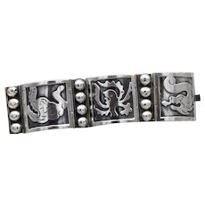 Vintage Taxco Mexican sterling silver Seahorse Sea-Monsters wide 3 panel Bracelet Signed 55g