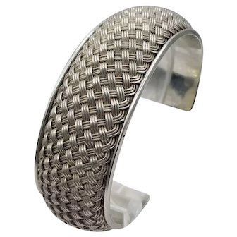 Vintage tight weave braided cuff with solid back all sterling silver 49+ grams
