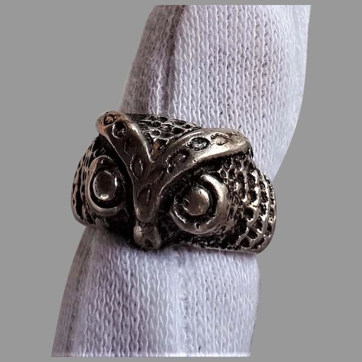 Sterling Silver ring Size 5.5